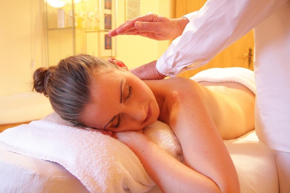Medová masáž v R+R Fitness Centre