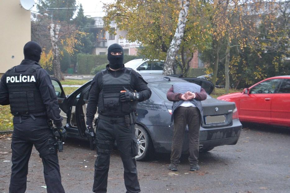 KUKLÁČI  V MICHALOVCIACH: Policajti mali zakročiť proti dílerom drog